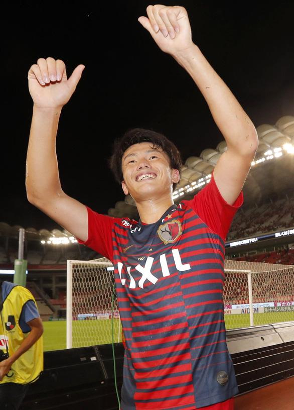 Video sinh viên Ueda ghi bàn giúp Kashima Antlers đá bại Yokohama - Ảnh 2.