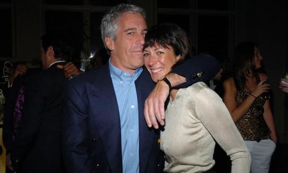 Tài tử George Clooney bị tố chơi bời dù có vợ đẹp và tiếng tăm - Ảnh 2.