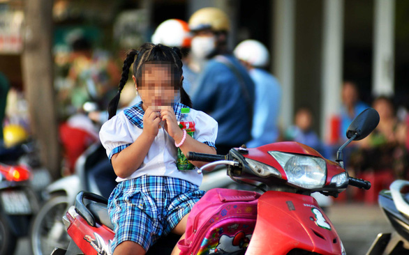 Thừa đạm, chất béo và ít vận động, nhiều trẻ em thành thị phát phì - Ảnh 1.