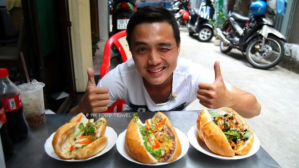 Hai chàng trai với kênh ẩm thực hè phố Sài Gòn - Ảnh 1.