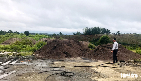 Đổ hàng ngàn mét khối xỉ than, tro bay từ Alumin Nhân Cơ ra môi trường - Ảnh 3.