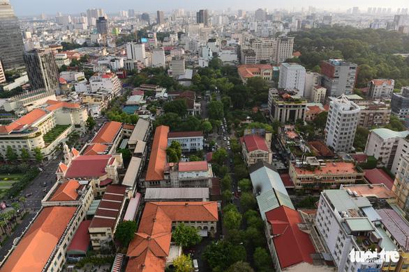Bí thư Nguyễn Thiện Nhân: Kinh tế TP.HCM phát triển nhưng cây xanh lạc hậu - Ảnh 1.