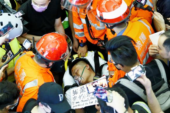 Báo Trung Quốc giục chính quyền lấy bảo kiếm dẹp biểu tình Hong Kong - Ảnh 2.
