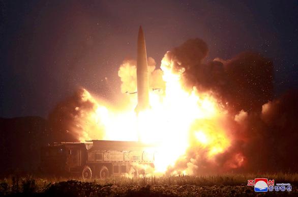 Lo ngại tên lửa từ Triều Tiên, Hàn Quốc mua thêm radar, thiết bị đánh chặn - Ảnh 1.