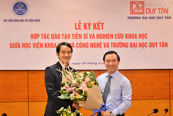 ĐH Duy Tân hợp tác với Học viện Khoa học & công nghệ đào tạo tiến sĩ - Ảnh 2.