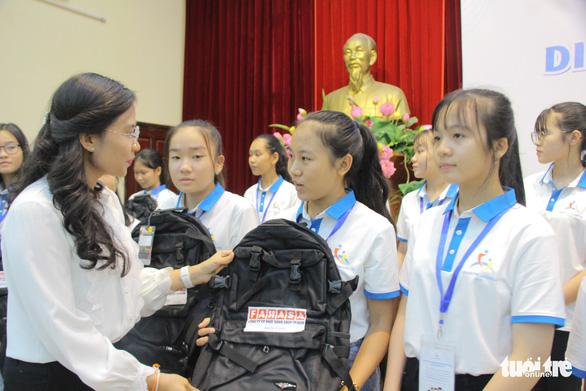 169 em nhỏ dự Diễn đàn trẻ em quốc gia - Ảnh 3.