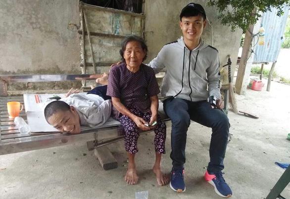 Chuyện nghề của các YouTuber thiện lành: Kỳ 5: Kênh Châu Đại Dương chia sẻ với người nghèo - Ảnh 3.