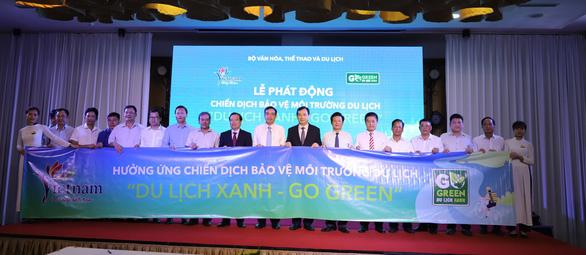 Khách Trung Quốc đến Việt Nam giảm, khách Hàn tăng mạnh mẽ - Ảnh 2.