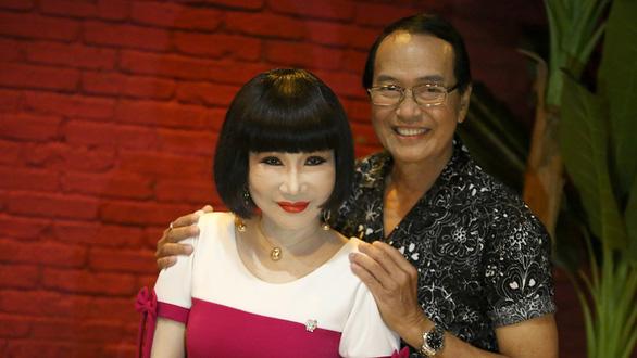 Thanh Kim Huệ - Chí Tâm: Lan và Điệp hội ngộ trên sân khấu sau 45 năm - Ảnh 1.
