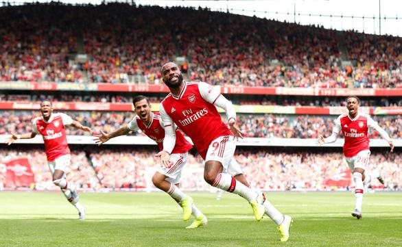 'Song sát' Aubameyang - Lacazette giúp Arsenal thắng trận thứ hai liên tiếp - Ảnh 1.