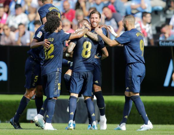 Modric bị thẻ đỏ, Real Madrid vẫn thắng tưng bừng trên sân Celta Vigo - Ảnh 1.