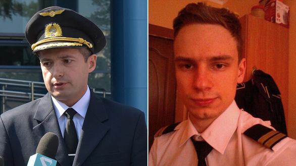 Ông Putin trao danh hiệu Anh hùng nước Nga cho phi công hạ cánh giữa đồng bắp - Ảnh 2.