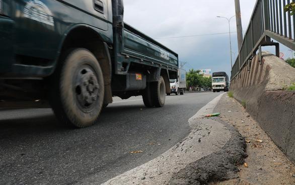 Có nên giữ quỹ bảo trì đường bộ? - Ảnh 1.