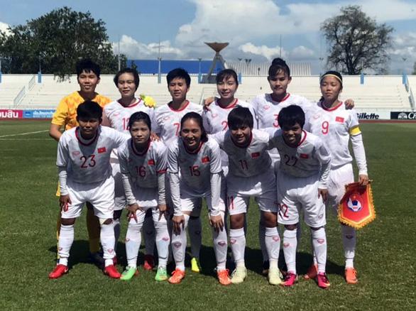 Thắng Indonesia 7-0, tuyển nữ Việt Nam tranh nhất bảng với Myanmar - Ảnh 1.