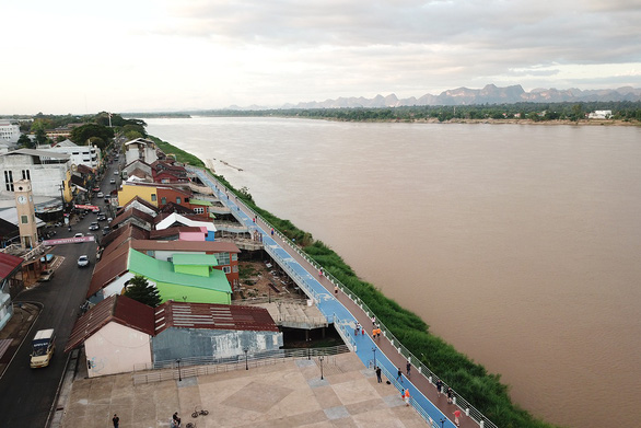 Nước sông Mekong dâng lên 60-70cm/ngày ở Thái Lan - Ảnh 1.