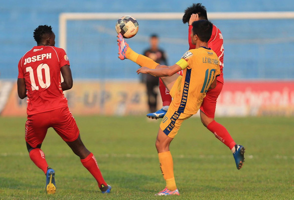 Sân Thanh Hóa: Chủ nhà đại bại trước Hải Phòng - Ảnh 2.