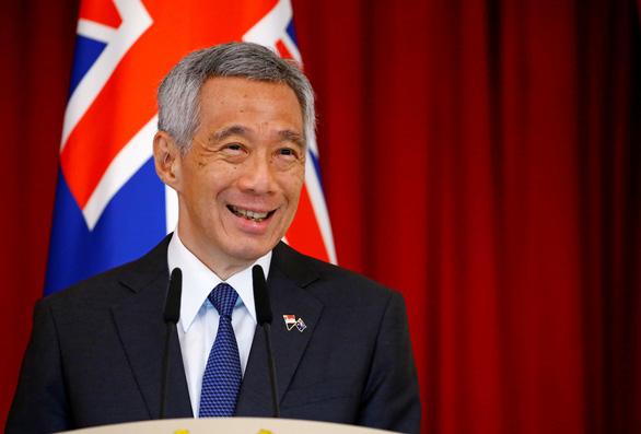 Nhà nghèo ở Singapore được cho tiền để con cái đi học - Ảnh 3.