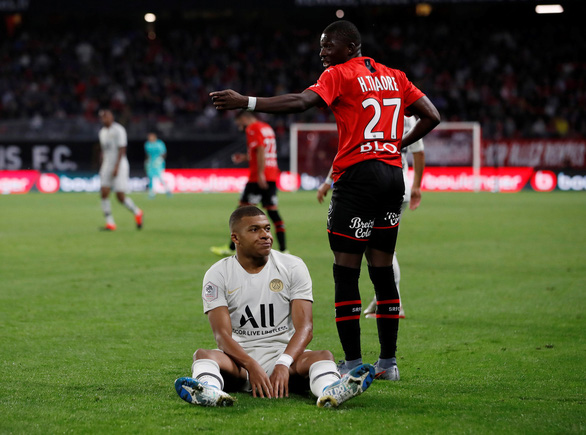 Pele mới tịt ngòi, PSG ngã ngựa ở Ligue 1 - Ảnh 1.