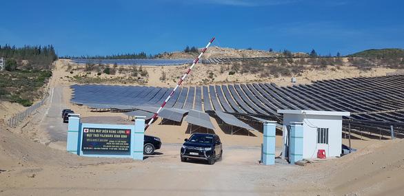 Khánh thành nhà máy điện mặt trời đầu tiên của Bình Định - Ảnh 3.