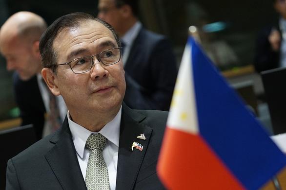 Philippines chính thức phản đối tàu chiến Trung Quốc xâm phạm EEZ - Ảnh 1.