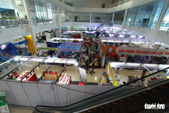 Hội chợ ở Đà Nẵng quy tụ nhiều doanh nghiệp quốc tế - Ảnh 2.