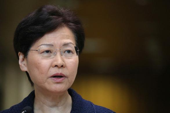 Lãnh đạo Hong Kong cam kết tìm giải pháp đối thoại với người biểu tình - Ảnh 1.