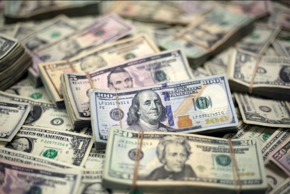 Bloomberg: Không phải FED, chiến tranh thương mại mới khiến đồng USD mạnh - Ảnh 1.