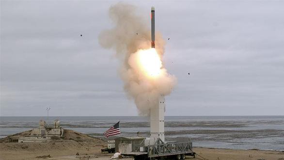 Mỹ lần đầu thử tên lửa cấm sau khi rút khỏi thỏa thuận kiểm soát hạt nhân - Ảnh 2.