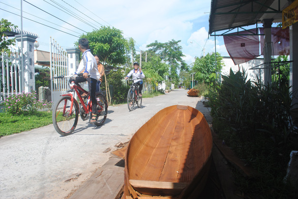 Lũ không về, làng ghe xuồng di sản Bà Đài đìu hiu - Ảnh 3.
