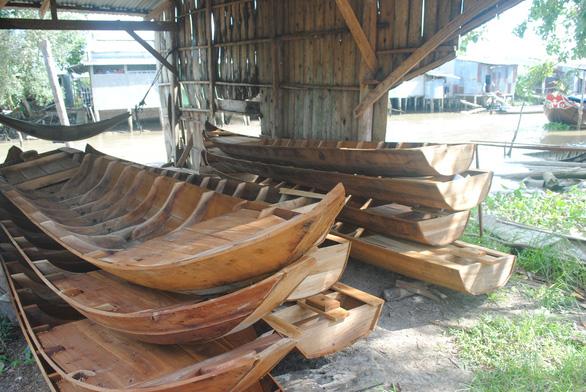 Lũ không về, làng ghe xuồng di sản Bà Đài đìu hiu - Ảnh 6.