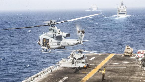 Úc điều khinh hạm, máy bay tới eo biển Hormuz bảo vệ tàu bè các nước - Ảnh 1.