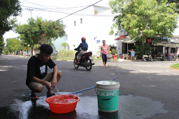 Thủy điện dừng phát để lấy nước cứu khát cho Đà Nẵng - Ảnh 3.