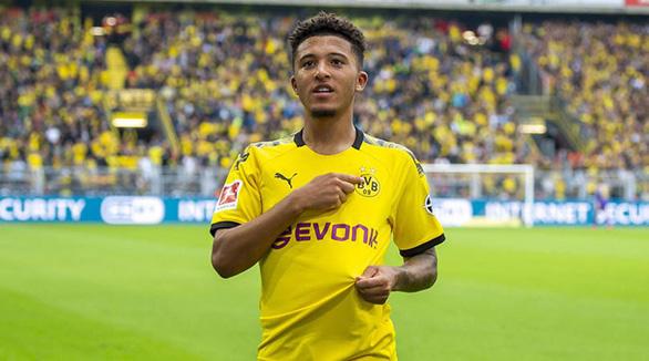 Dortmund giữ chân thần đồng nước Anh bằng mức lương khủng - Ảnh 1.