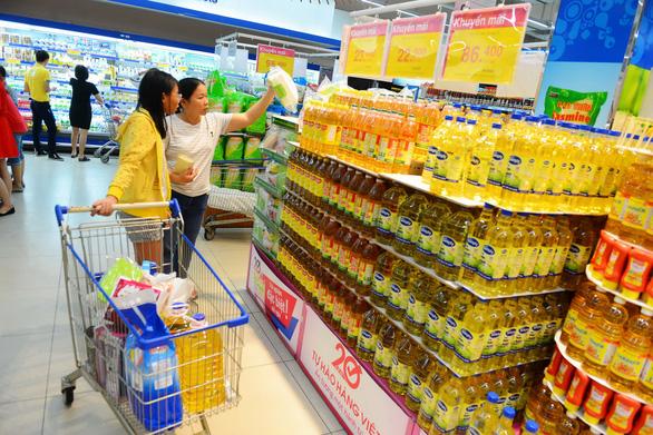 Thói quen mua sắm ở siêu thị: mua vì an tâm, nhiều ưu đãi - Ảnh 2.