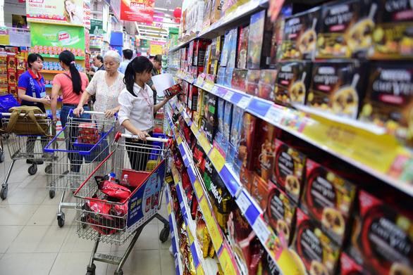 Thói quen mua sắm ở siêu thị: mua vì an tâm, nhiều ưu đãi - Ảnh 1.