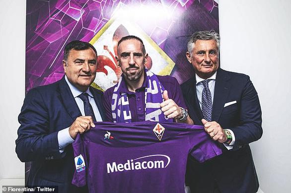 'Gã mặt sẹo' Ribery gia nhập Fiorentina - Ảnh 1.