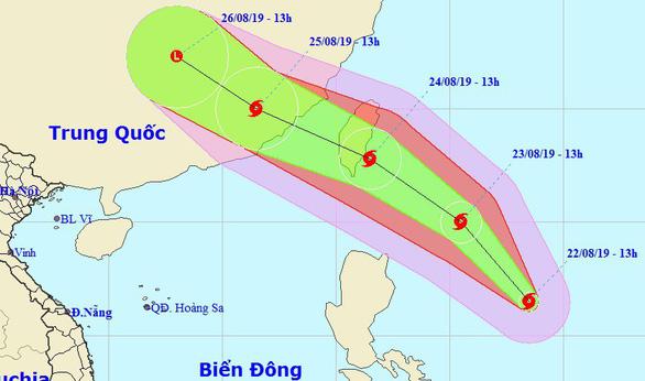 Xuất hiện bão cấp 9 gần Biển Đông, khả năng mạnh thêm - Ảnh 1.