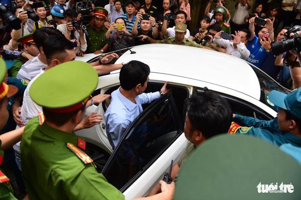 Ngày mai 23-8, ông Nguyễn Hữu Linh lại hầu tòa - Ảnh 1.