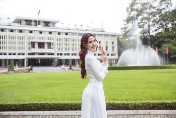 Hoa hậu Phan Thị Mơ: Mình nổi tiếng thì phải góp sức quảng bá du lịch nhiều hơn - Ảnh 2.
