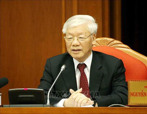 Tổng bí thư Nguyễn Phú Trọng ký nghị quyết định hướng đầu tư nước ngoài - Ảnh 1.