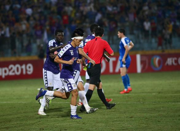 Danh sách đội tuyển nhiều bất ngờ nhưng hãy tin ở HLV Park Hang Seo - Ảnh 1.