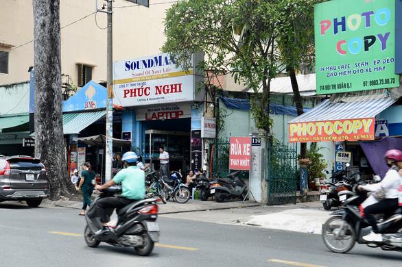 Không ai chịu trách nhiệm về vi phạm xây dựng khu nhà 114 Bùi Thị Xuân, quận 1 - Ảnh 1.