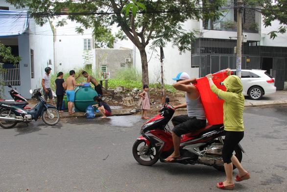Trời không mưa, nguồn nước Đà Nẵng còn gặp khó - Ảnh 4.