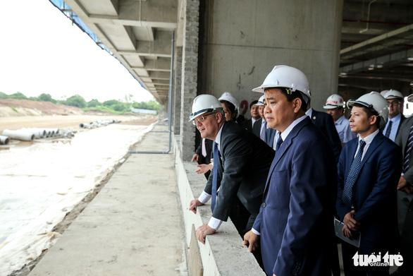 Thủ tướng Úc có mặt ở công trường đường đua F1 Việt Nam - Ảnh 2.