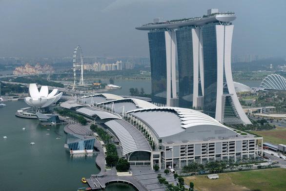 Singapore phạt tù 9 tuần khách Trung Quốc 3 lần trộm đồ tại trung tâm mua sắm - Ảnh 1.
