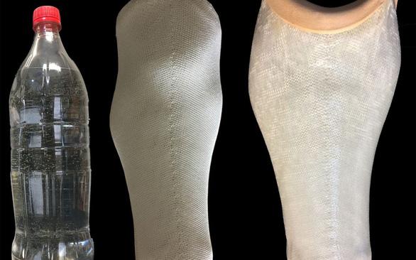 Biến chai nhựa thành tay, chân giả cho người khuyết tật - Ảnh 1.