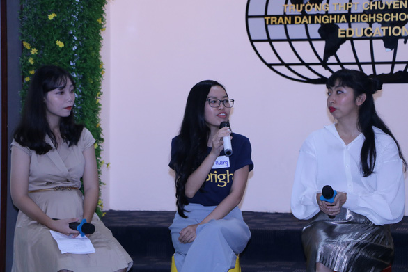 Cựu học sinh Trường THPT Chuyên Trần Đại Nghĩa kết nối để ươm mầm - Ảnh 2.
