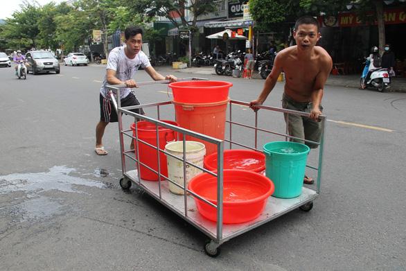 Trời không mưa, nguồn nước Đà Nẵng còn gặp khó - Ảnh 3.