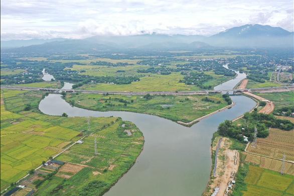 Nước sông nhiễm mặn cao hơn dù ... Đà Nẵng có mưa vàng - Ảnh 2.
