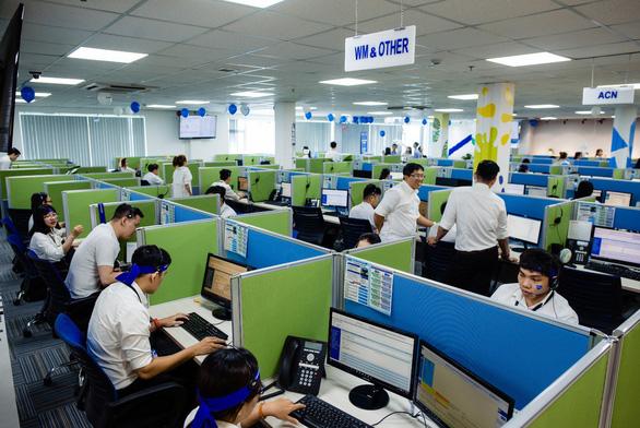 Tổng đài chăm sóc khách hàng 24/7 - bước đi chiến lược của SAMSUNG - Ảnh 1.